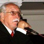 Carlos M. Vilas